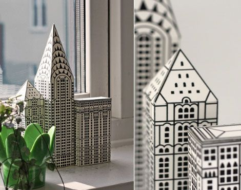 Loving this pack of 3 paper NYC buildings, namely Chrysler, Woolworth and Lincoln Building. Each printed building is pre-cut and pre-folded. Simply glue the edges together to create a 3D paper art.