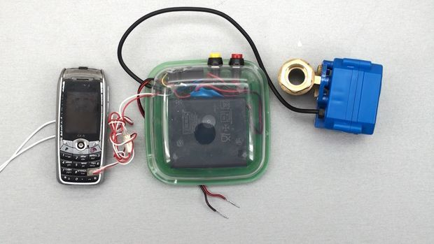 GSM alarm system for leaks without Arduino