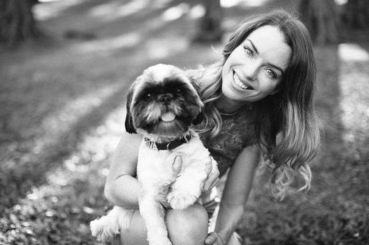 Roarforpaws.com Super power interviews...Michelle Merrifield and shiva