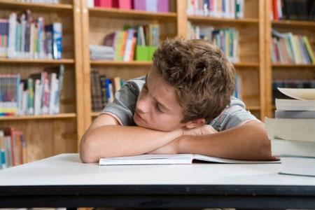 Trẻ em lời đi học tại các trung tâm gia sư sau dịp tết là mối lo lớn đối với các bậc phụ huynh    http://www.giasuvantri.com