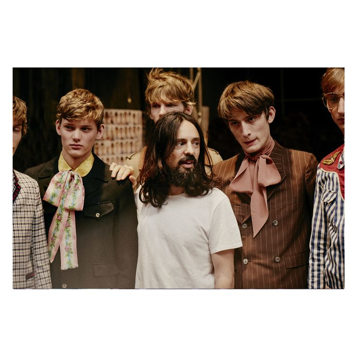 Gucci Men's Spring Summer 2016 Fashion Show | Alessandro Michele backstage with models