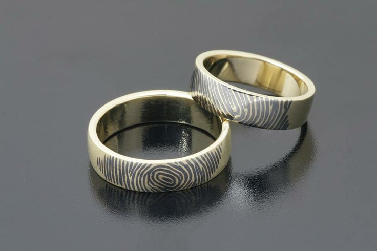 niello technique Rings by Bielak #gold #awesome