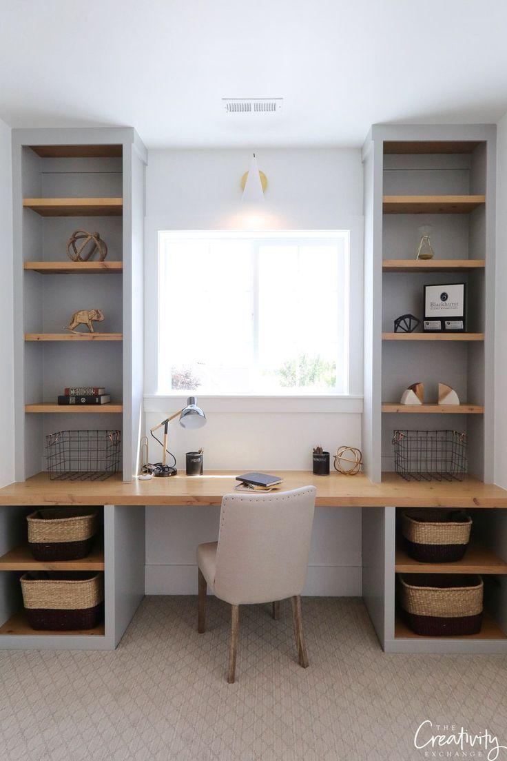 Großer Schreibtisch mit integriertem Stauraum aus hellem Massivholz