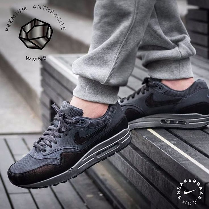 #nike #nikeairmax #anthracite #AM1  Nike Wmns Air Max 1 ''Anthracite''- This new Air Max 1 edition is made from mesh, high-quality suede and leather in different shades of grey and black. The ''Anthracite'' theme flourishes on the Swoosh, mudguard and heel  Now online available | Priced at 144.95 EU | Wmns Sizes 35.5 - 44,5 EU
