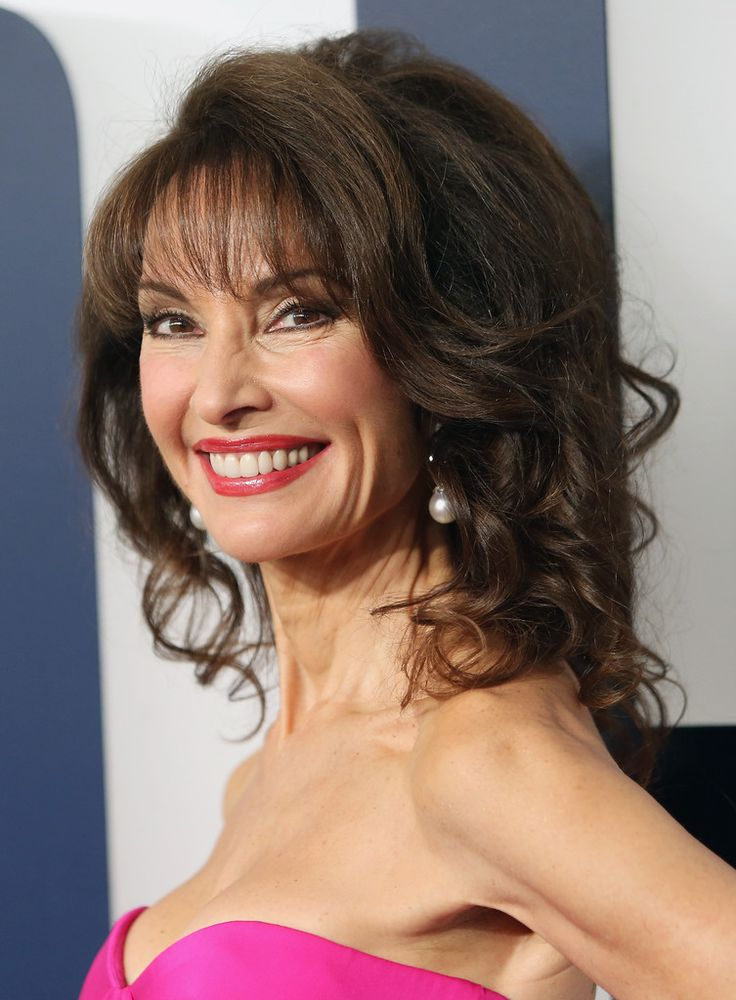 """Susan Lucci Photos - Actress Susan Lucci attends the """"Joy"""" New York premiere at Ziegfeld Theater on December 13, 2015 in New York City. - 'Joy' New York Premiere - Inside Arrivals"""