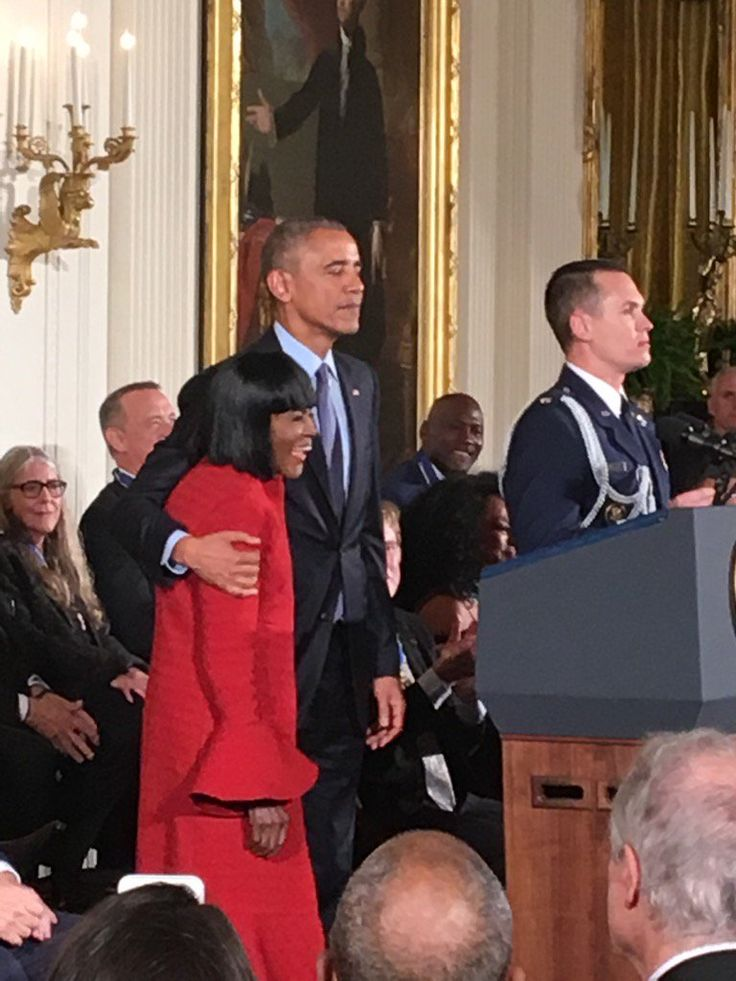 #November22nd #2016 #44th #President Of The United States  #BarackObama #Names #Recipients of the #Presidential #MedalofFreedom & #FirstLady Of The United States  #MichelleObama The #FINAL Presidential Medal of Freedom #ceremony of the #Obama #administration will be heavy on the star power. The list of honorees, released by the White House includes sports figures, singers, actors, and comedian