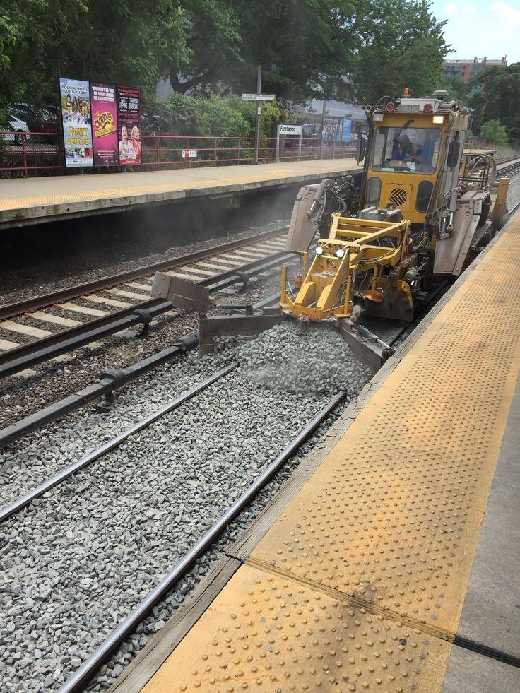 Track Maintenance Vehicle - Metro North commuter rail - Yonkers New York [OC] (1080x1920)