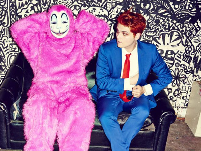 5 Crucial Reasons To Listen To Gerard Way's New Solo Album, 'Hesitant Alien' - MTV