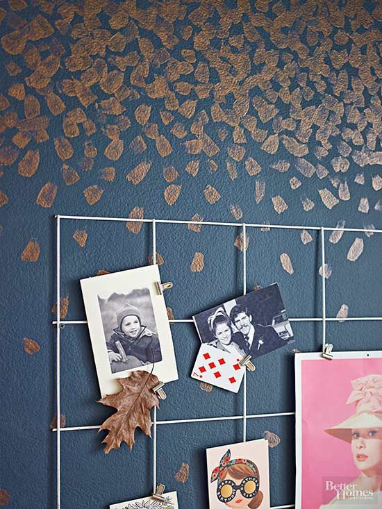 Keep mementos in view by clipping them to a wire grid. Using heavy-duty wire snippers, cut a steel remesh sheet (found at home improvement stores) to your desired size. (If rusty, sand and prime before painting.) Spray on high-gloss white enamel paint; let dry. Repeat to cover all angles. Attach memorabilia with mini bulldog clips.