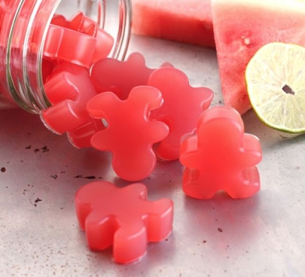 Eat more grass fed gelatin the easy way! These 4 ingredient gummy treats are easy  quick, too!