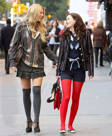 When it came to their school uniforms, Serena van der Woodsen opted for short skirts and V-neck tops, while Blair Waldorf went for classic blazers mixed with bright tights.