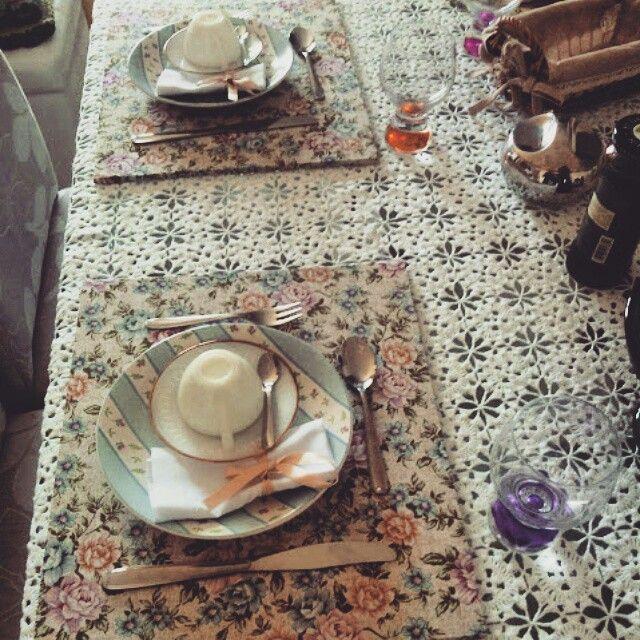 Jogo Americano / Sousplat artesanal de madeira revestido com tecido. Idéias para decorar a sua mesa de jantar. Pode ser usado como bandeja.