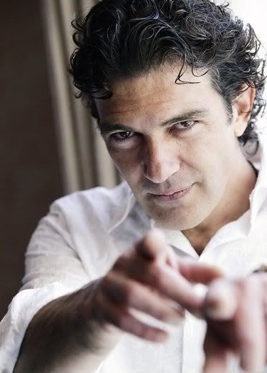 Antonio Banderas is secretly signaling me! <-------(from my friend A-C)   And me because he loves me best.
