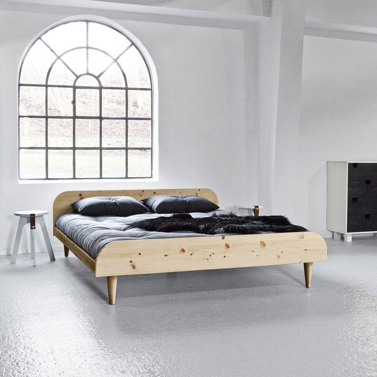 Twist Super King-Size Bed