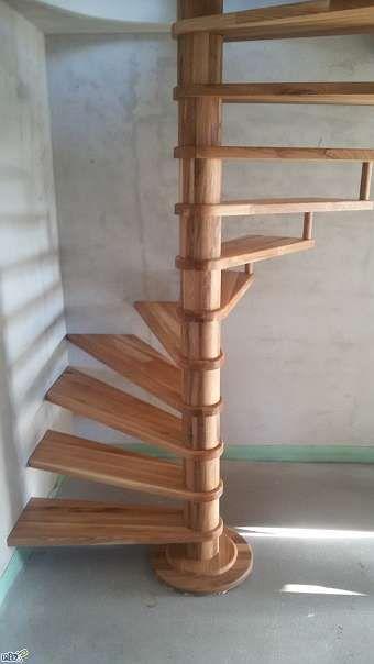 die besten 25 wendeltreppe ideen auf pinterest wendeltreppe innen loft ideen und stufen bauen. Black Bedroom Furniture Sets. Home Design Ideas