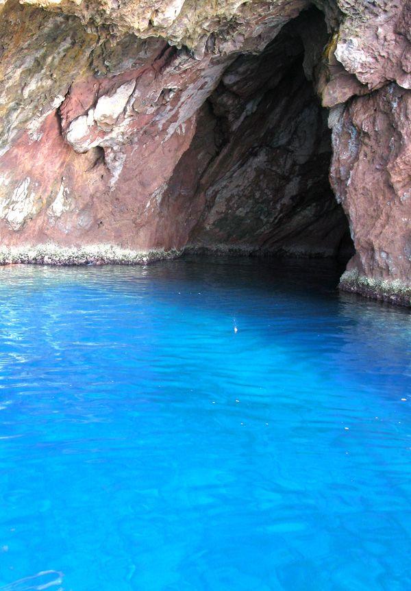 Isola di Capraia-TOSCANA:grotta marina. #WonderfulExpo2015 #FrancescoBruno @frbrun