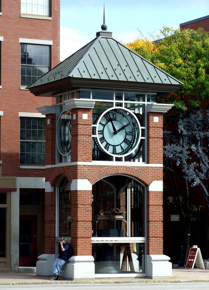 The Main St. Clock Concord NH sits at the entrance to one of the many quaint squares in Downtown Concord NH