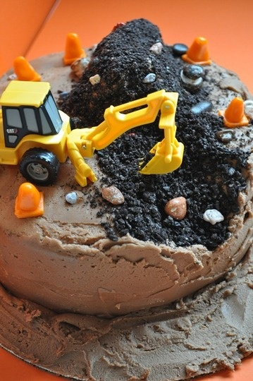 I love this! The cake can literally look smashed and still rock!