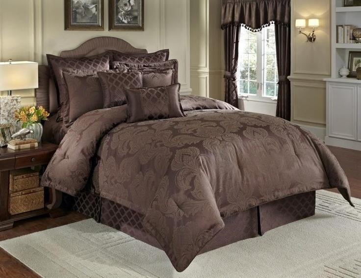 the veratex nouvelle four piece comforter