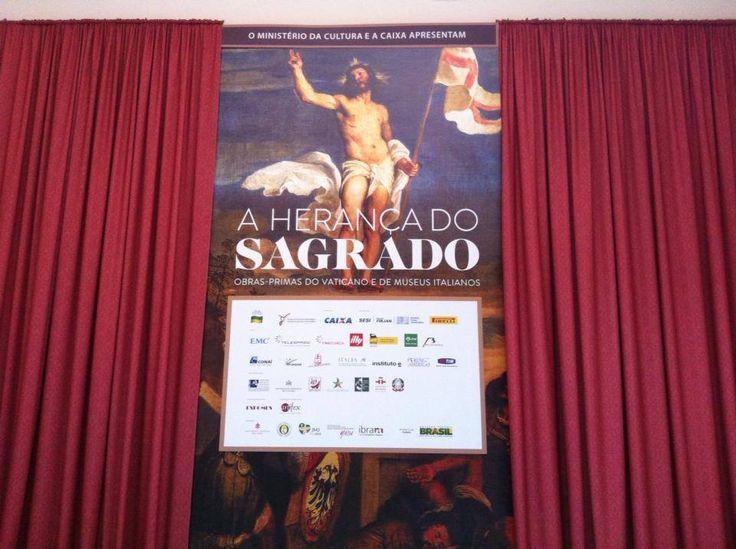Infine, approfitto dell'orario esteso per visitare la mostra nella quale sono esposte 2 opere dei musei di Brescia e dove sarò impegnata lunedì per il disallestimento. In coda...