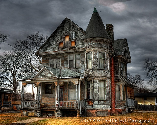Haunted house in saginaw michigan pinterest for Pinterest haunted house