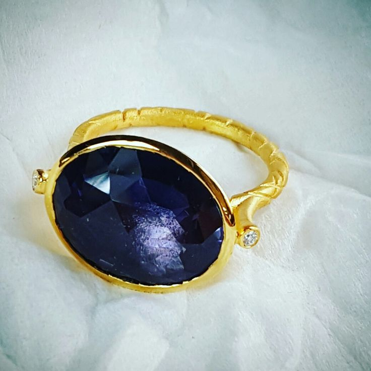 Saphire rings
