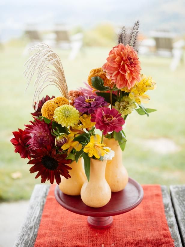 Turn a butternut squash into a non-traditional fall centerpiece with this how-to from the entertaining experts at HGTV.com.