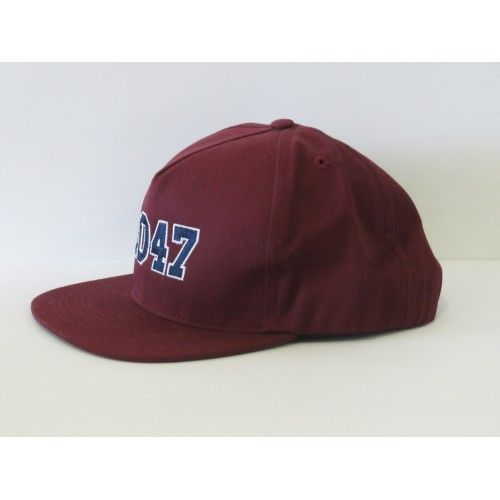 Durkl 2047 Snapback. Burgundy colour with embroidered logo. RAD!