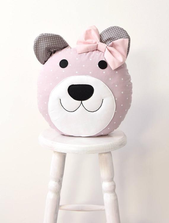baby shower ideas ce coussin doux ours est fait de tissus de coton et feutre il est fermement