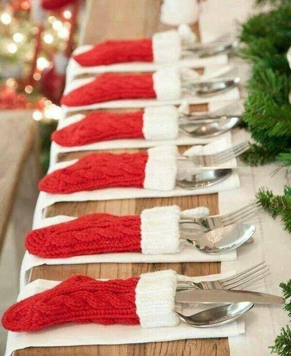 Cute idea for Christmas table setting
