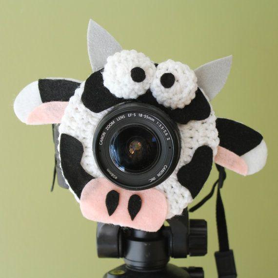 Crochet Camera Lens Shutter Buddy - Daisy the Cow (Etsy $15.99)