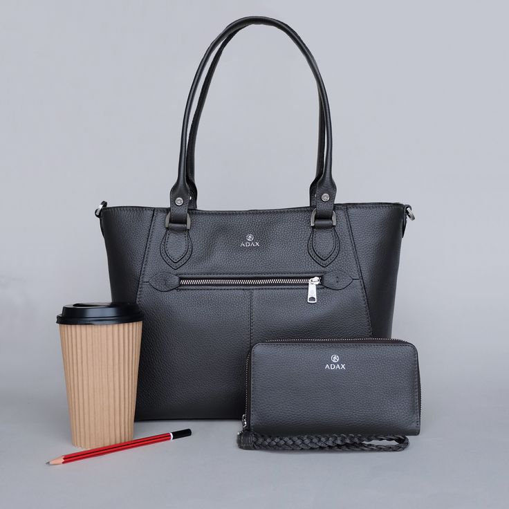 Siv bag and Mina wallet. Perfect for the office. Click on pic for more.