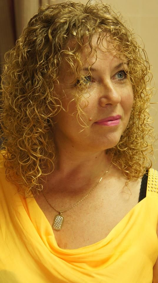 Tight curl in shoulder length perm style, the one my ...