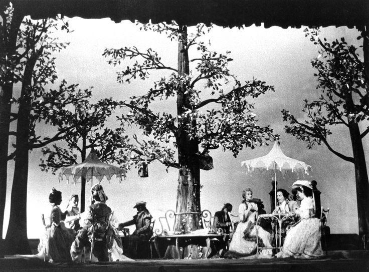 1954 La trilogia della villeggiatura di Carlo Goldoni, regia di Giorgio Strehler, foto Archivio Piccolo Teatro di Milano