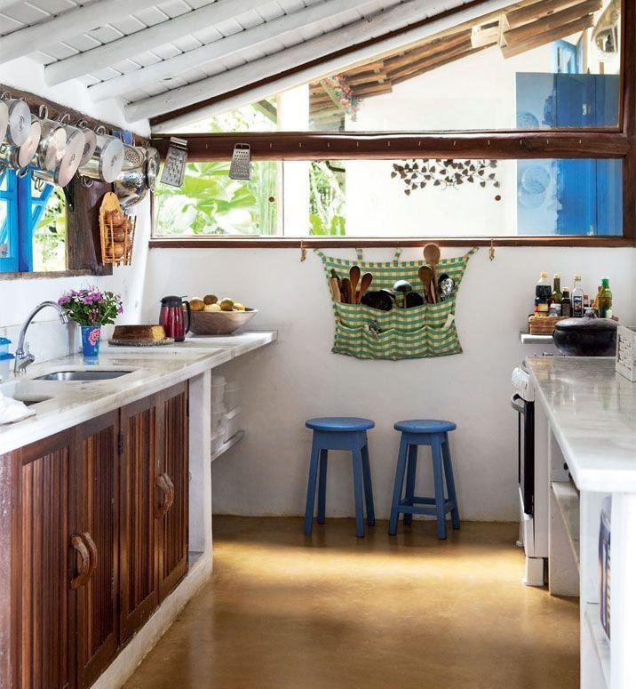 Confira a decoração de interiores de 50 casas de fazendas para inspirar. Modelos e fotos.