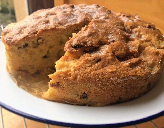 Apple And Sultana Cake Recipes Easy