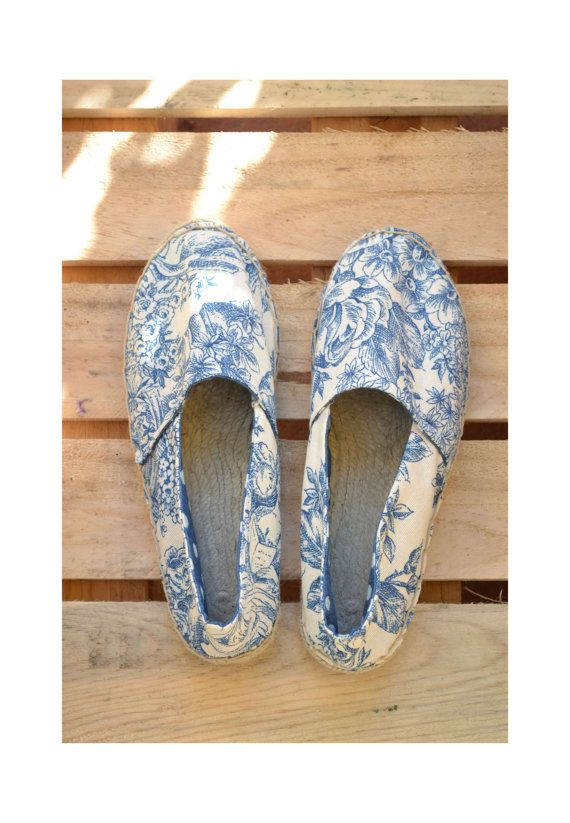 White and blue canvas espadrilles white and by TrinityAndTheCat