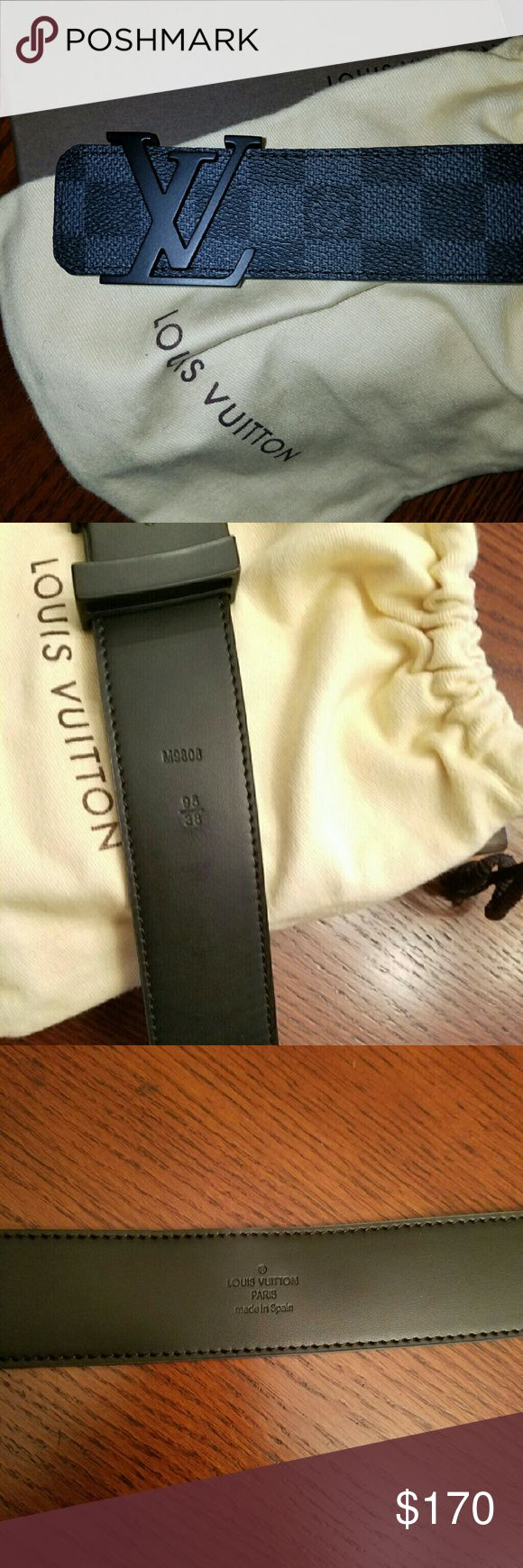 100% AUTHENTIC LOUIS VUITTON DAMIER GRAPHITE Men's black and grey Damier Graphite coated canvas Louis Vuitton Initiales belt with black laquer logo buckle and push throughout closures at front. Very new and 100 percent authentic. Sizes 34 and up. Thanks and enjoy . Louis Vuitton Accessories Belts