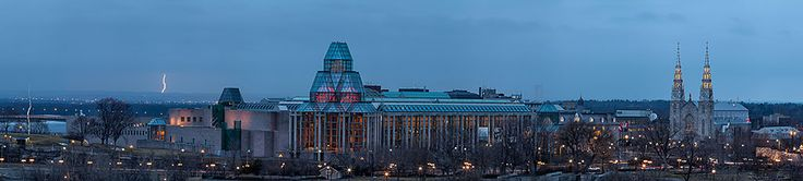The National Gallery of Canada lit up in the evening.