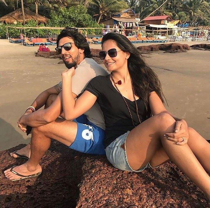 Ishant Sharma spending off time from cricket with wife Pratima Singh - http://ift.tt/1ZZ3e4d
