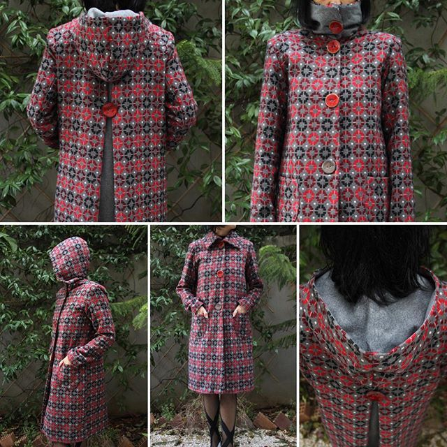 Red and black cycles print coat:  two ways to weat it - with collar or hood depending on your mood - #eatingthegoober #coats #design #prints #hoodcoat
