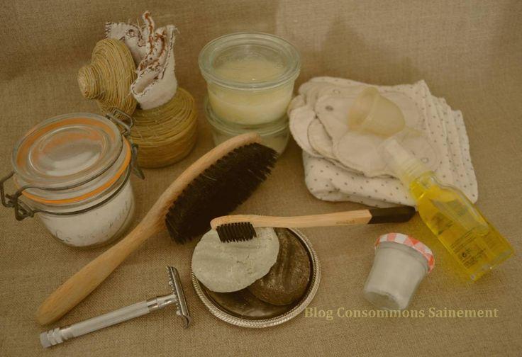 Voici une liste de l'ensemble des produits d'un exemple de salle de bain zéro-déchet et sans produits dangereux pour la santé ou l'environnement. Personnellement, je n'ai pa…