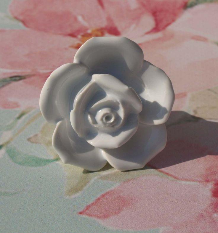 Uchwyt róża.