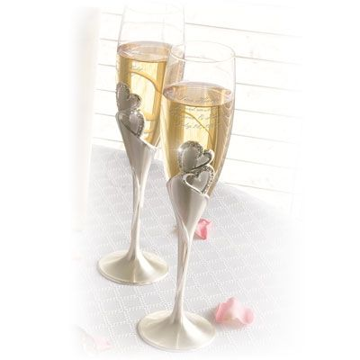25 Best Ideas About Engraved Champagne Flutes On Pinterest