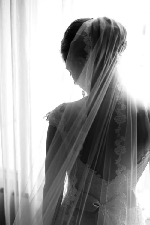 30 Splendid Wedding Photos in Black and White