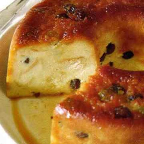 Costa Rican Baked Pudding (budin de pan). .If you like COSTA RICAN cooking visit our recipes or  why not try a FOOD TOUR on your next trip to COSTA RICA Find out more at: http://www.allaboutcuisines.com/food-tours/costa-rica/in/costa-rica #Costa Rican Recipes #Costa Rican Food #Travel Costa Rica
