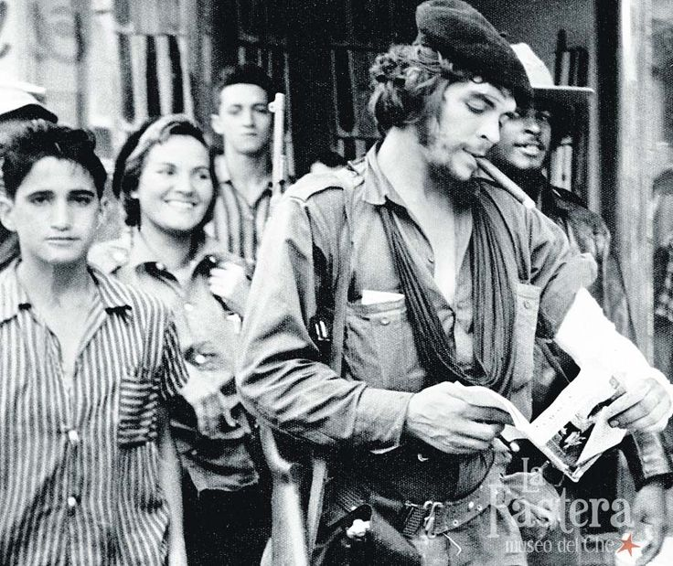 Che Guevara during the Cuban Revolution. To his left his future wife (his second), Aleida March.