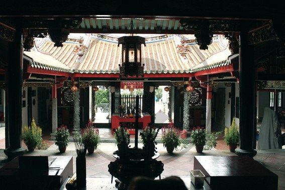 Chinatown – Singapour   Christie Cartes $2 - Photo de Thibaud Laroche - christiecartes.com