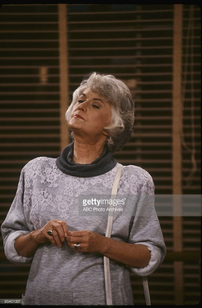 THE GOLDEN GIRLS - 9/24/85 - 9/24/92, BEA ARTHUR ,