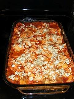 Buffalo Chicken lasagna, made this tonight and it's amazing!!! (Weight Watchers)